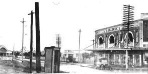 Enfield Broadway shops 002