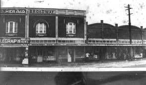 Enfield Broadway shops 003