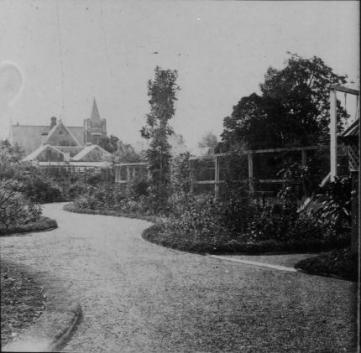 Strathfield House garden1